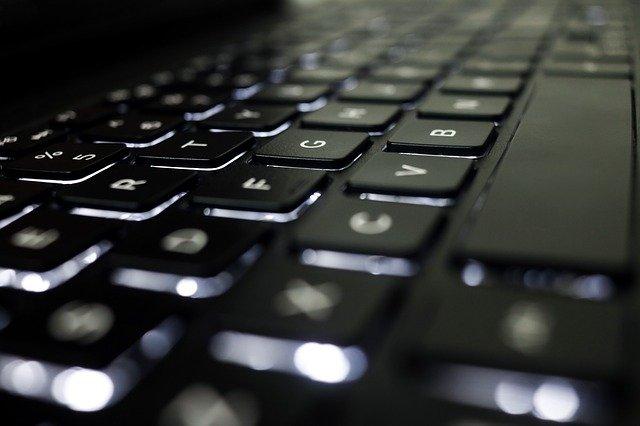 čistá klávesnice