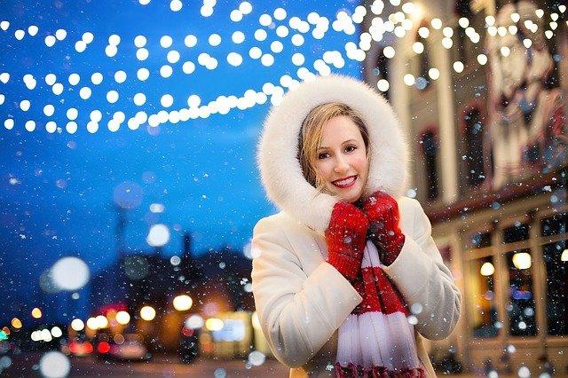 Kdy Češi nakupují vánoční dárky