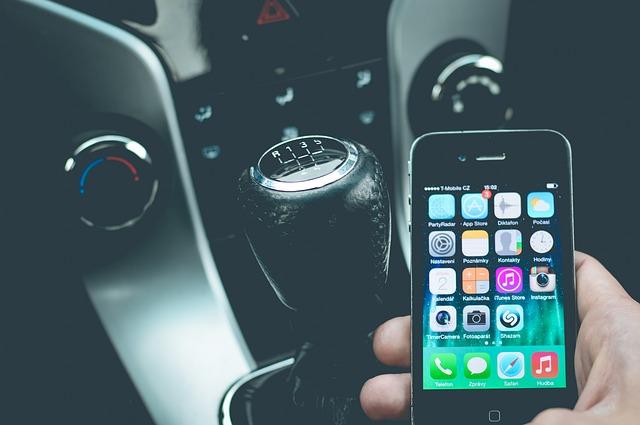 mobilní telefon vozidlo 3